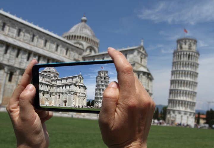 Discovery of the Leaning Tower in Pisa