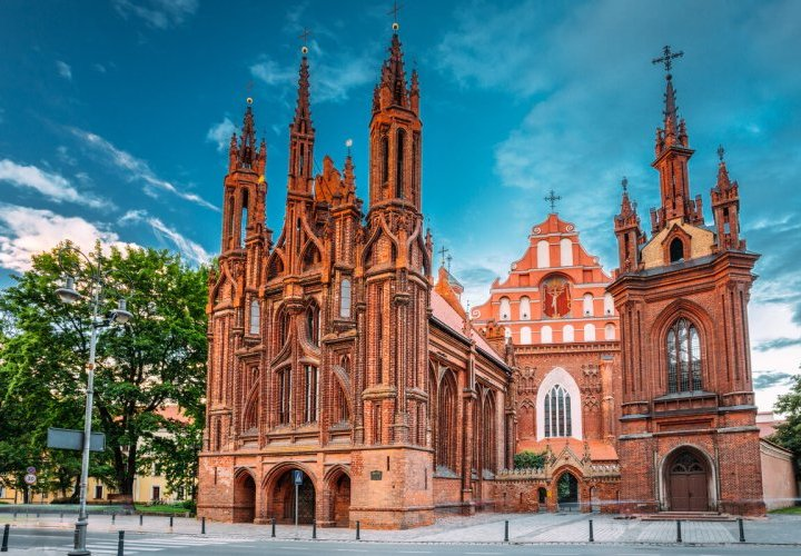 Guided tour in Vilnius and Trakai cities in Lithuania