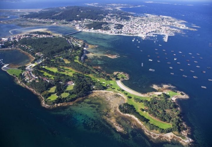 Spectacular landscapes of the Spanish Fiords: La Toja island, Ria de Arosa and Pontevedra