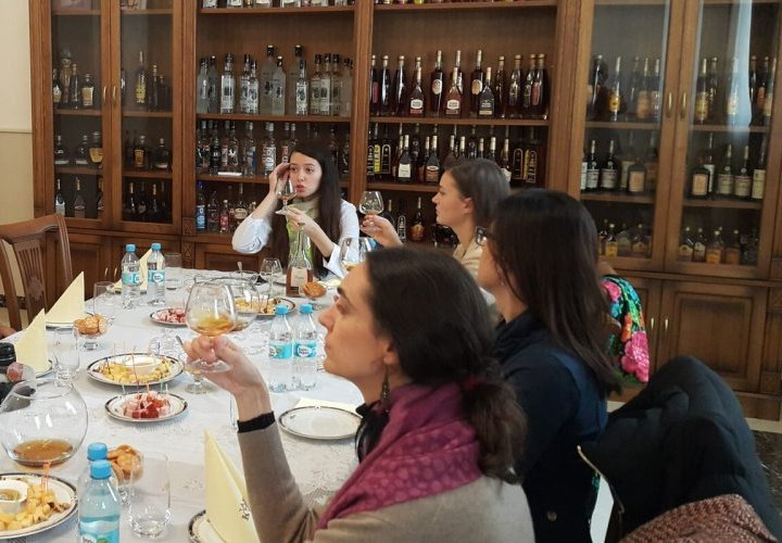 Tasting caviar with sparkling wine and brandy in Tiraspol, Transnistria