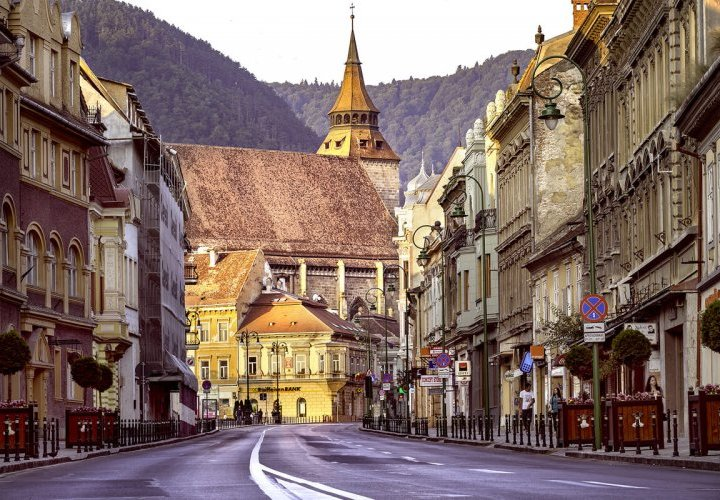 Discovery of Peles Castle, Bran Castle and Brasov city