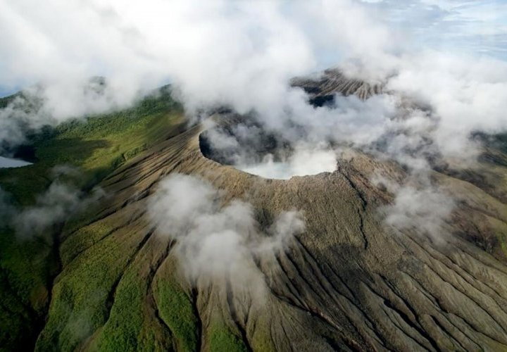Rincón de la Vieja - one of the five most active volcanoes in Costa Rica