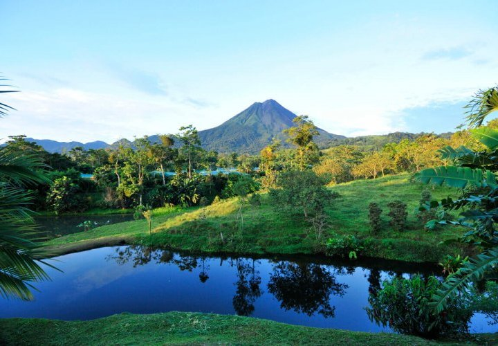 Yoga class and hike in Arenal Volcano National Park