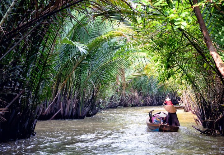 Discovery of the Mekong Delta and Vietnamese Traditional Music Show on Tan Phong Island