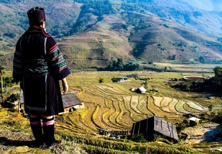 Trekking through various villages of the Hmong ethnic minority