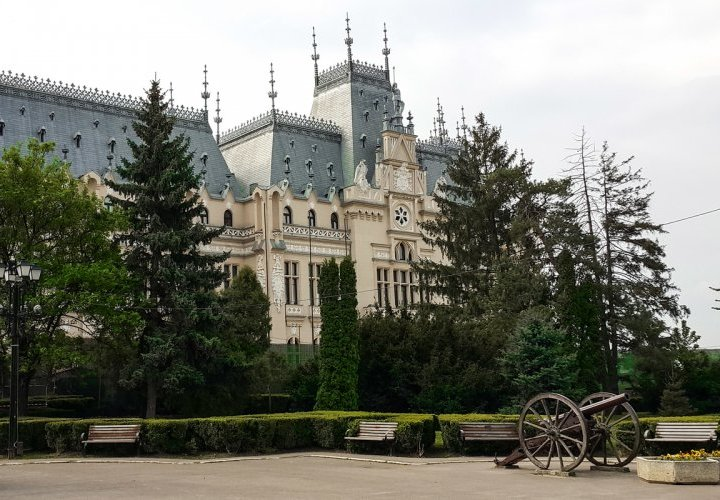Discovery of Iasi city and departure