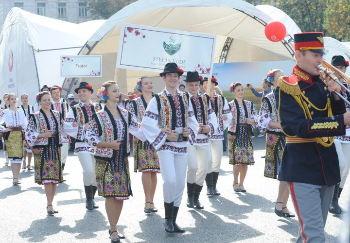 Attend the Wine Festival - the most important event dedicated to wine in Moldova