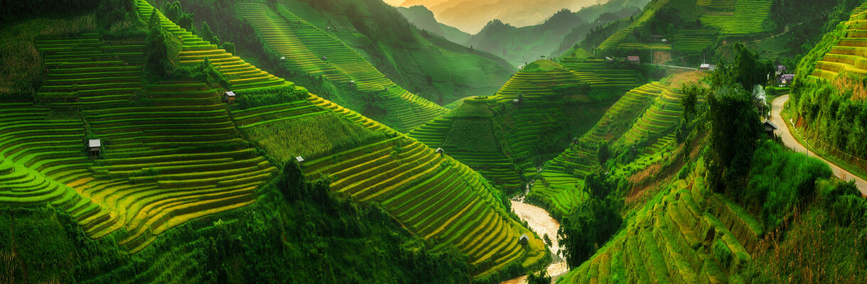 Northern and Central Vietnam Itinerary (Trekking in the Muong Hoa Valley)